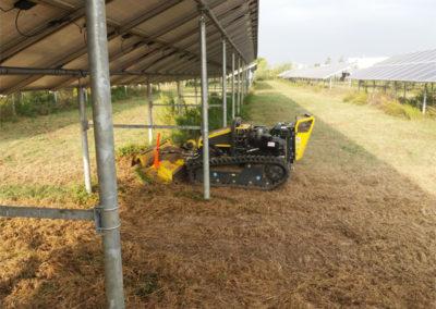 manutenzione aree verdi con robot radiocomandato